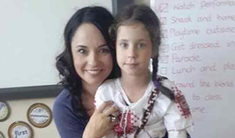 Ce mare și frumoasă s-a făcut fiica Andreei Marin! Vedeta a fost surprinsă într-o ipostază emoționantă alături de fata ei, Violeta