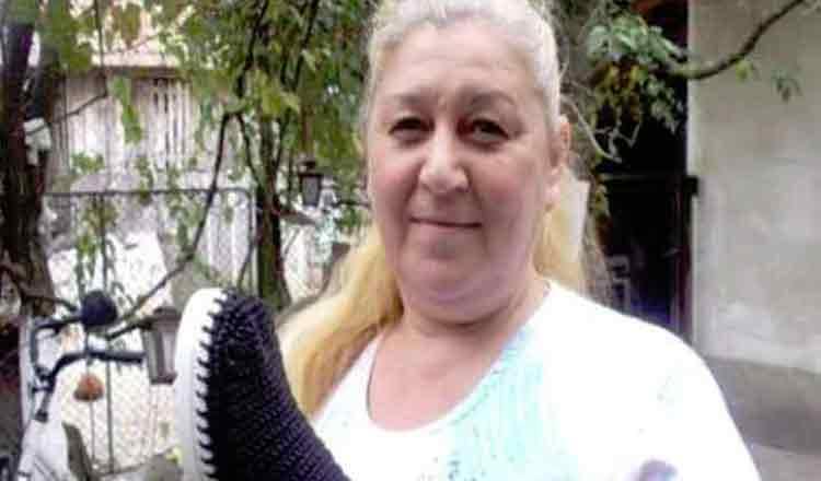 O femeie din Timis, ramasa fara serviciu, a ajuns sa castige bani din creatiile sale unice. Toti vor minunatiile sale
