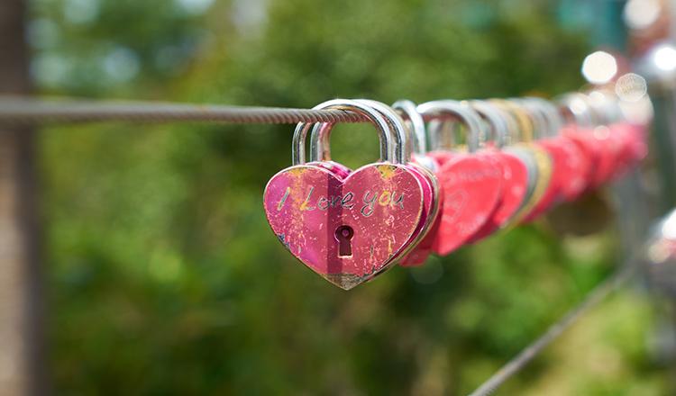 Să iubim noi primii. Să nu cerem să ne iubească alţii întâi