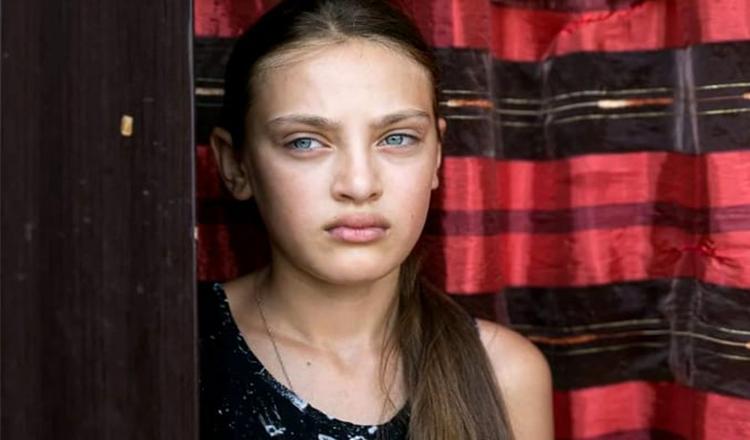 Fata crescută lângă groapa de gunoi de la Glina devine fotomodel internațional în Dubai! Ce a anunțat Adina că s-a întâmplat