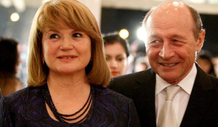 Ce pensie are Maria Băsescu. Soţia fostului preşedinte al României încasează lunar o sumă la care nu se aşteaptă nimeni