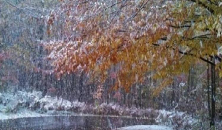 Anunțul de ultimă oră! Ploi, lapoviță și ninsori în weekend!