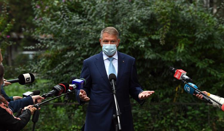 Klaus Iohannis, mesaj de ULTIMĂ ORĂ: Am fost la Biserică, ne-am RUGAT pentru victime. E necesară o reformă a sistemului de sănătate