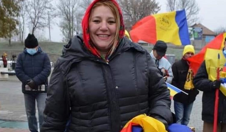 """Diana Șoșoacă, la miting în Piața Victoriei: """"O să mori oricum. Acum depinde: mori demn sau mori prost"""""""