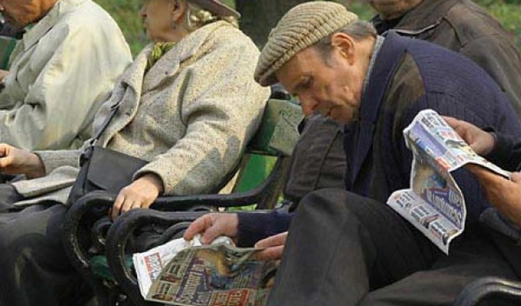Schimbare de proporţii la pensii! Milioane de oameni sunt vizaţi. Decizie istorică a Poştei