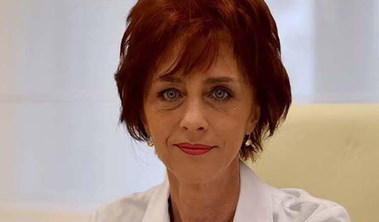 """Flavia Groșan: """"Luat, neluat dreptul la liberă practică, dar am impus Ventolinul și Flixotide pe piața COVID! Vă pupă mama!"""""""