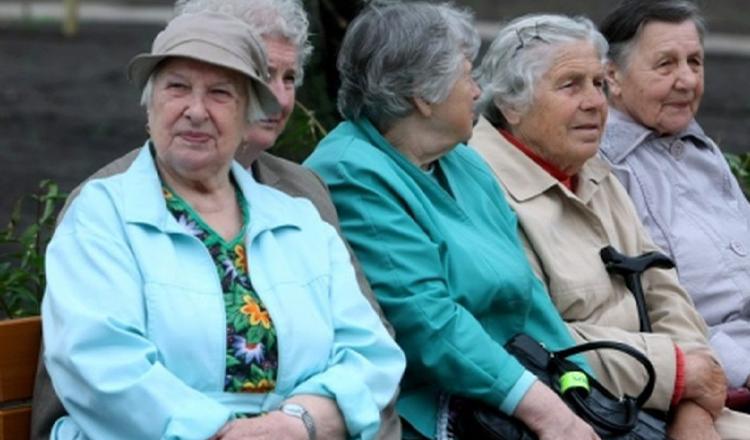 Se reduce vârsta de pensionare în România! Klaus Iohannis a semnat decretul. Cine va ieși mai devreme la pensie